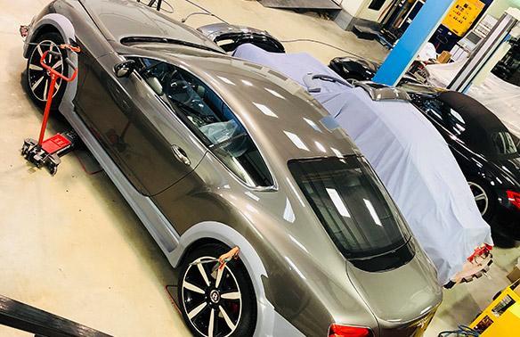 Carrosserie voiture de luxe Valbonne